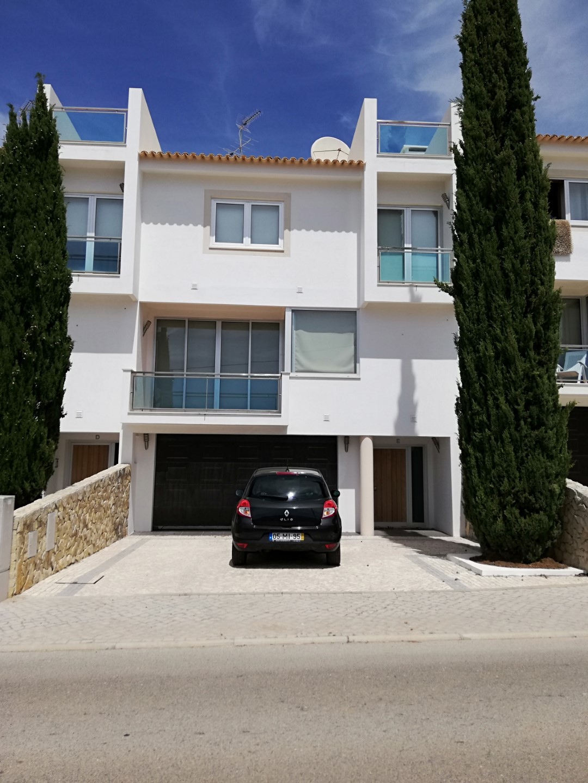 3 bedroom Villa – Parragil